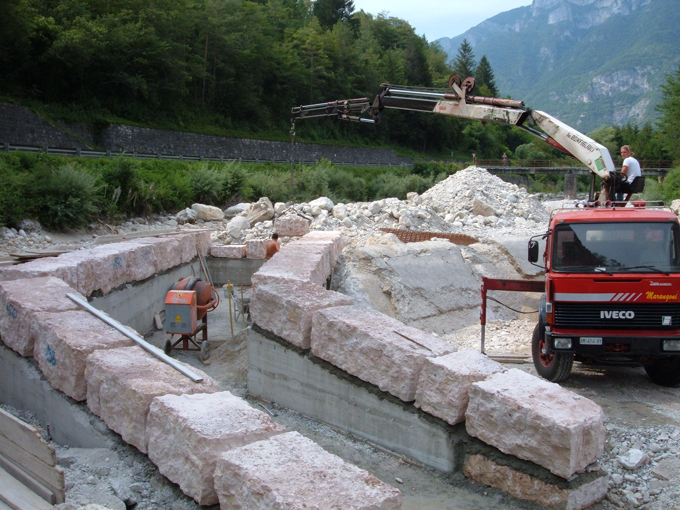 Realizzazione opera di presa Centrale Idroelettrica a Valdastico