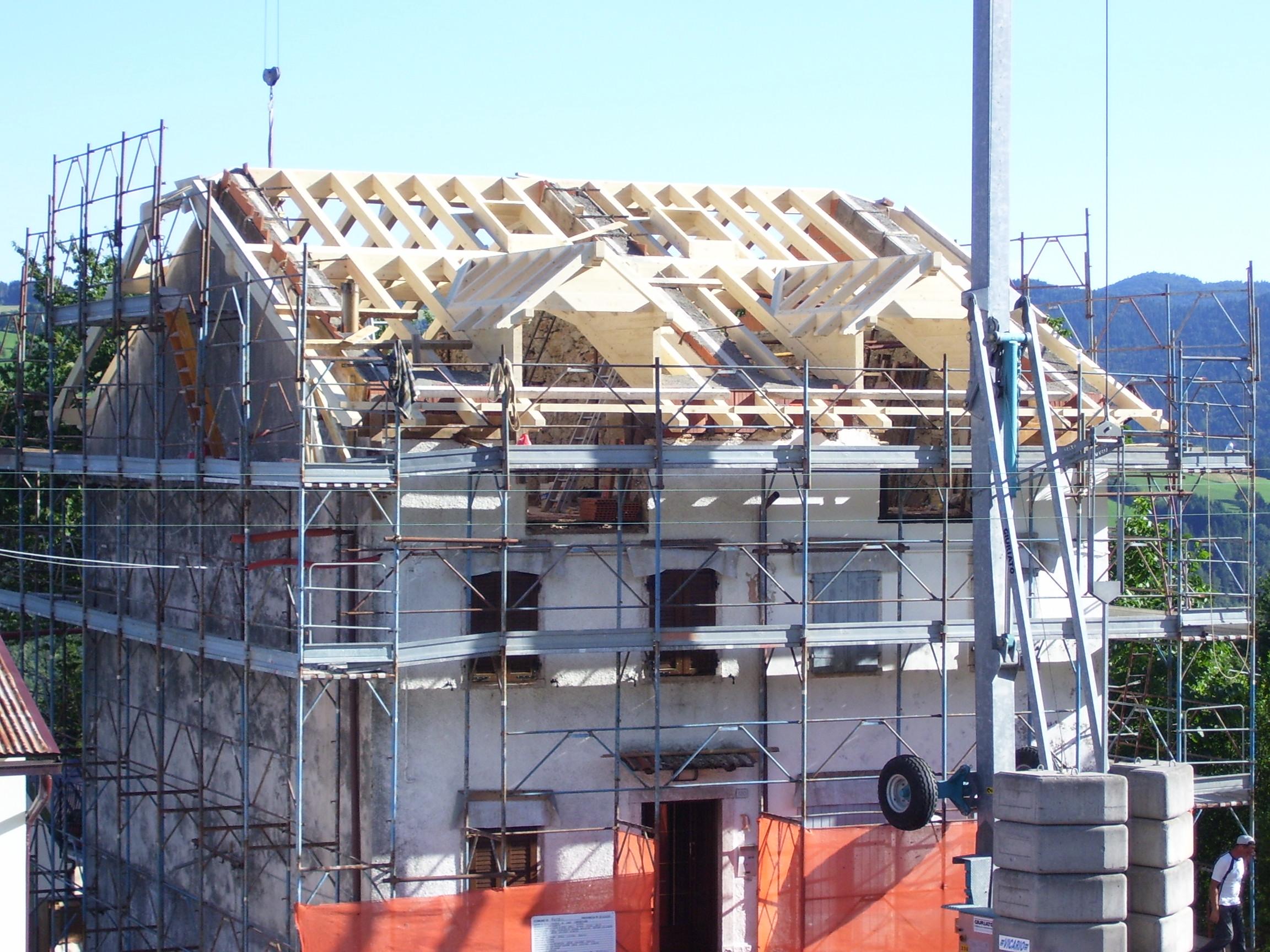 Sostituzione di un tetto in legno ad Albaredo di Rotzo